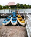 Kanu im Park für canoeing Lizenzfreie Stockbilder