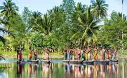 Kanukriegszeremonie von Asmat Lizenzfreies Stockfoto