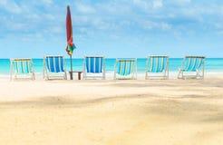Kanw plażowi łóżka na plaży Zdjęcie Royalty Free