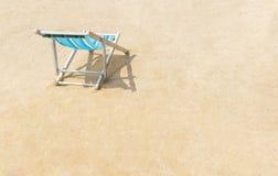 Kanwy plażowy łóżko na plaży Fotografia Stock