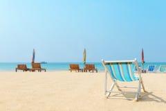Kanwy plażowy łóżko na plaży Obraz Stock