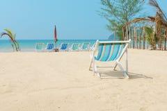 Kanwy plażowy łóżko na plaży Zdjęcie Stock