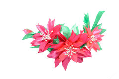 Kanzashi 在白色backgroun隔绝的红色桃红色人造花 库存照片
