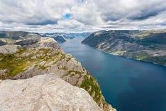 Kanzel-Felsen bei Lysefjorden (Norwegen) Stockbild
