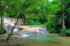 Kao Fu kaskad, Ngao, LamPang landskap, Thailand Royaltyfri Fotografi