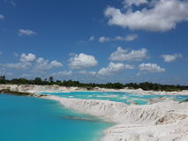 Kaolin blå sjö Arkivfoto