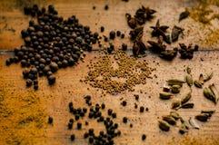 Kaos kryddar i köket royaltyfria foton