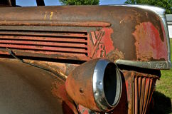 Kap, grill, en koplamp van een oude Ford-bestelwagen Stock Afbeelding
