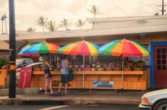 Kapaa,考艾岛,夏威夷- 5月10-2017 :番石榴和其他果子如此是 免版税库存照片