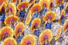 Kapacitet av folk på karnevalet i Rio de Janeiro Arkivbilder