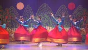 Kapacitet Sydkorea Seoul för traditionell dans arkivfilmer