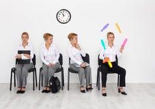 kapacitetskandidater intervjuar jobbspecialen Fotografering för Bildbyråer