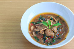 Kapao mu (thailändsk mat) Royaltyfria Bilder