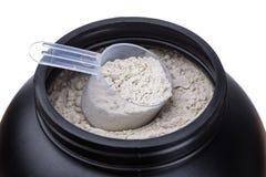 Kapazität mit Protein für Eignung und Bodybuilding stockfoto