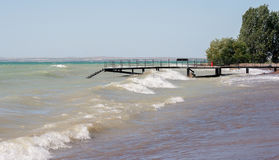 Wellen auf dem Reservoir Stockbilder