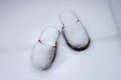 Kapcie w śniegu Fotografia Stock
