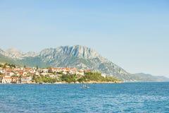 Kapec, Dalmatien, Kroatien - Standpunktausblick nach der schönen Küste von Kapec lizenzfreies stockbild