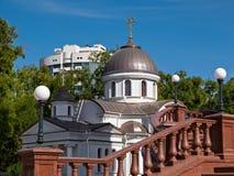 Kapel bij de kathedraal Alexander-Nevsky in Simferopol royalty-vrije stock fotografie