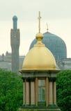 Kapel en een moskee Royalty-vrije Stock Afbeeldingen