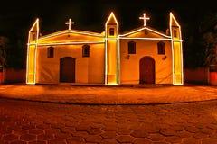 Kapel in Ilhabela, Brazilië bij nacht Royalty-vrije Stock Afbeeldingen