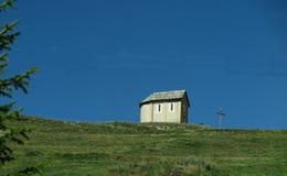 Kapel op een Heuvel Stock Afbeelding