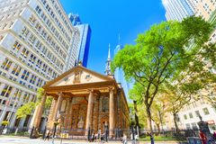 Kapell för St Paul ` s av Treenighetkyrkan Wall Street Finansiell capit Arkivbilder