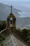 Kapell i ett korsikanskt landskap Arkivbilder