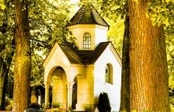 Kapell och kyrkogård Arkivbild