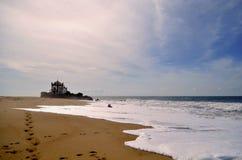 Kapell på den Miramar stranden Arkivbilder