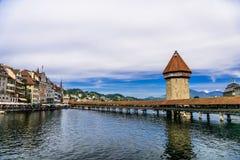 Kapellbro i mitten av Lucerne, Luzern, Schweiz arkivfoto