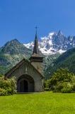 Kapelle in den französischen Alpen Stockfoto
