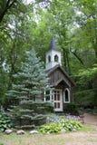 Kapelle im Holz Stockfotos