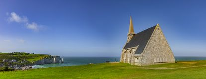 Kapelle von Etretat lizenzfreies stockbild