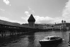 Kapellen-Brücke in Lucern Lizenzfreie Stockfotografie