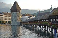 Kapellenbrücke Luzerne die Schweiz Stockfotografie