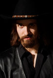 kapelusz uważnie target2262_0_ mężczyzna Obraz Royalty Free
