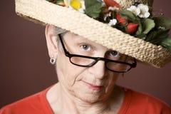 kapeluszowa starsza słomiana kobieta obraz royalty free