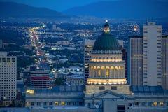 Kapitałowy Buduje Utah z stan ulicą behind zdjęcia stock
