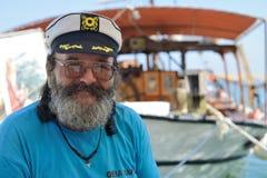 Kapitan rejs łódź w Chania schronieniu Obraz Royalty Free
