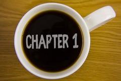 Kapitel 1 för ordhandstiltext Affärsidé för att starta något som är ny eller framställning av de stora ändringarna i en s-resa sk arkivbilder