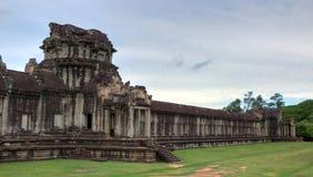 Kapitelansicht von Angkor Wat im hdr Lizenzfreie Stockfotos