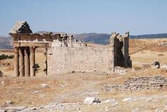 Kapitol, Dougga alter Roman City, die Türkei Lizenzfreies Stockfoto