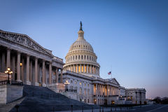 Kapitol-Gebäude Vereinigter Staaten bei Sonnenuntergang - Washington, DC, USA Stockfoto