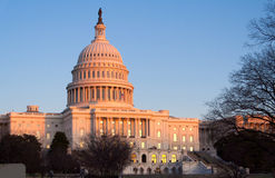 Kapitol-Gebäude vor Sonnenuntergang, Washington DC Stockfotografie