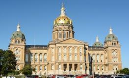 Kapitolium som bygger Des Moines Iowa Arkivbilder