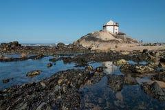Kaplica w Miramare, Portugalia obrazy stock