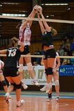 Kaposvar - Veszprem女子排球比赛 免版税库存图片