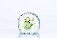 Kappa maki Sushi gegen weißen Hintergrund Stockbilder