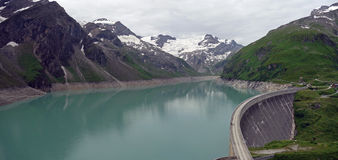 Kaprun水坝, Mooserboden湖 免版税库存照片