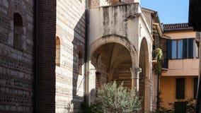 Kapseln Sie in Chiesa-Di San Lorenzo in Verona-Stadt ab Stockbild